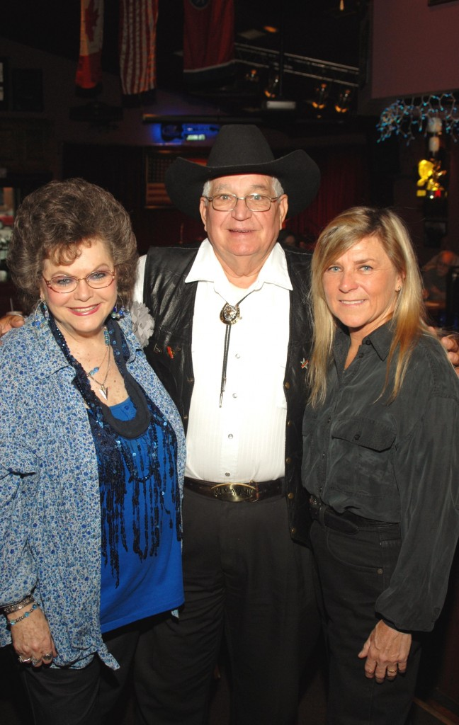 Jeannie C Riley, George Hensley and Jett Williams photo by jerry overcast